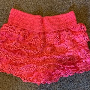 Pink Lace Shorts - NEVER WORN - size small